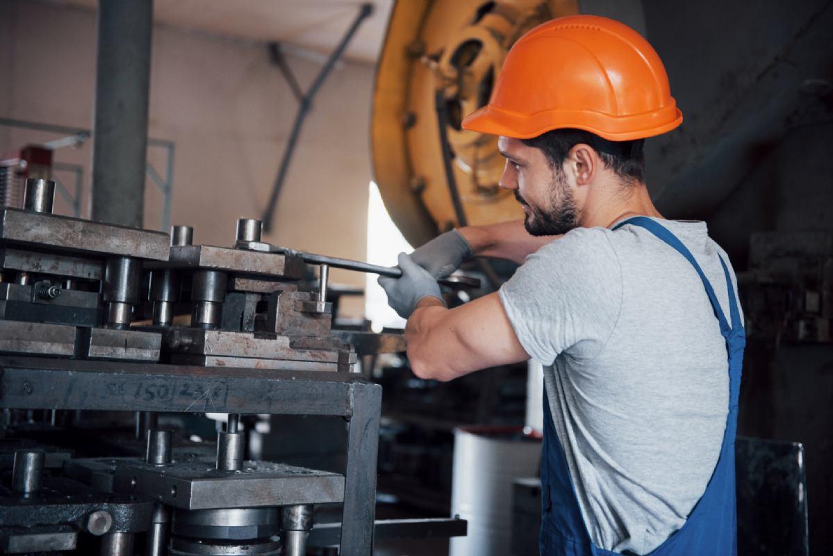 Mehaničar u proizvodnom pogonu (m/ž)